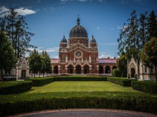 Zentralfriedhofskirche Graz - Hl. Kyrill und Method | fotomontag | Norbert Eder Photography