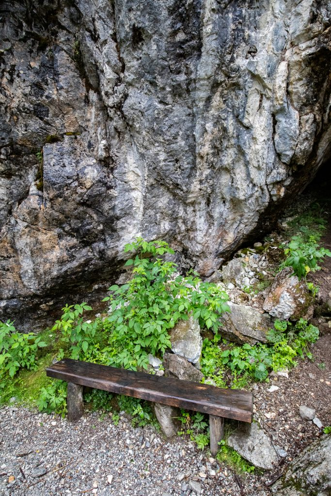 Sitzgelegenheit am Weg zum Tappenkarsee | Norbert Eder Photography